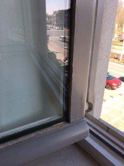 https://allglas.be/wp-content/uploads/2021/08/glashandel-allglas-walschaerts-fineo-herenhuis-sint-niklaas-16-rotated.jpg